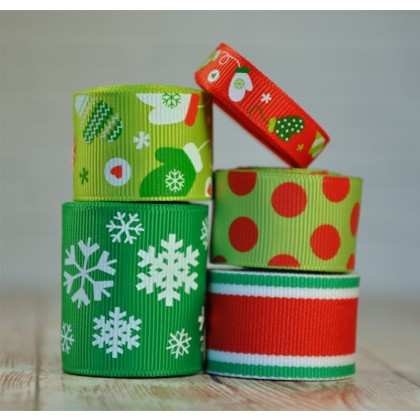 10 yards Winter Green Mitten Ribbon Mix