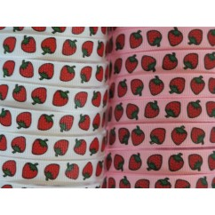 "3/8"" Strawberry Print Grosgrain Ribbon"